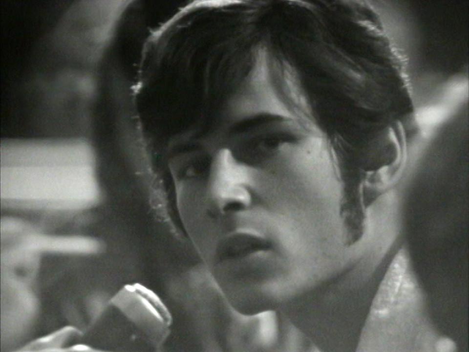 Débat télévisé en 1969: les jeunes parlent de sexualité. [RTS]
