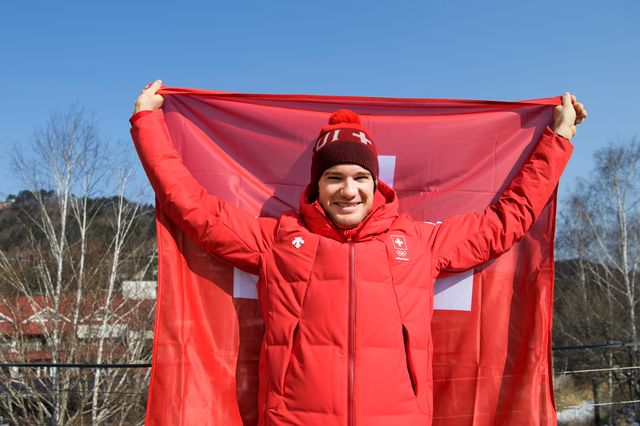 Cologna entrera en lice dimanche avec le skiathlon. [Jean-Christophe Bott - Keystone]