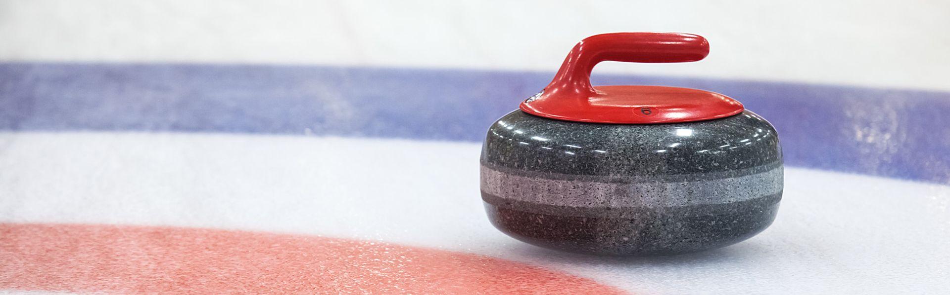Le curling, un sport des Jeux Olympiques. [gornostaj - Fotolia]