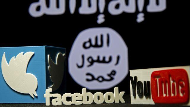 La propagande pour l'Etat islamique sur les réseaux sociaux est interdite en Suisse. [Dado Ruvic - Reuters]