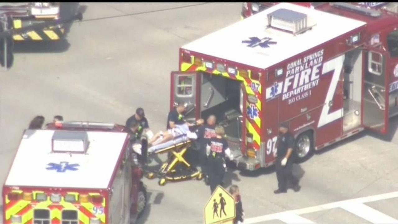 Un ancien élève d'un lycée de Floride tue 17 personnes [RTS]