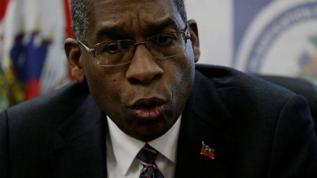 Le ministre haïtien des Affaires étrangères Antonio Rodrigue lors d'une conférence de presse sur le scandale Oxfam. [Andres Martinez Casares - Reuters]