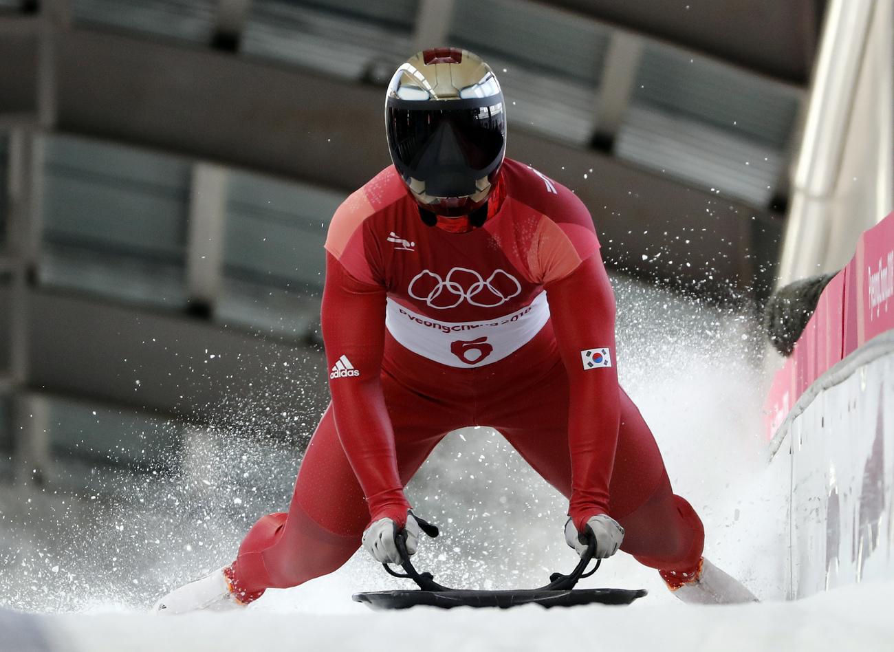 Olympiques: un Sud-Coréen en tête après deux manches en skeleton