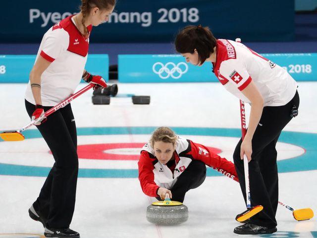 Les Suissesses ont vécu une fin de match compliquée face à la Suède. [Javier Etxezarreta - Keystone]
