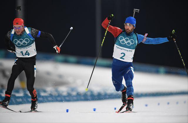 La victoire s'est jouée au sprint entre le Français Martin Fourcade et l'Allemand Simon Schempp. [Franck Fife - AFP]