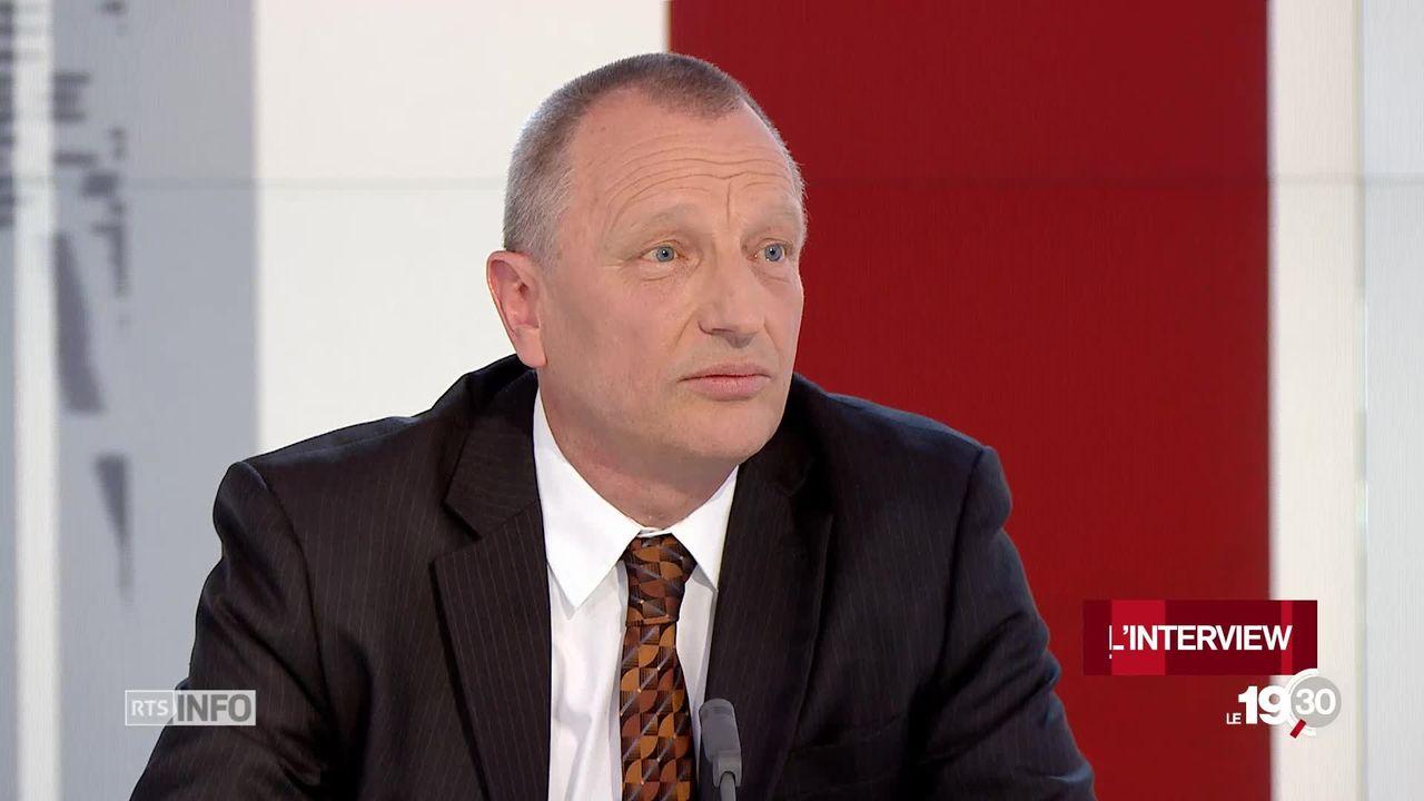 FR - Surpopulation carcérale: l'interview de Franz Walter, Directeur établissement de détention fribourgeois [RTS]