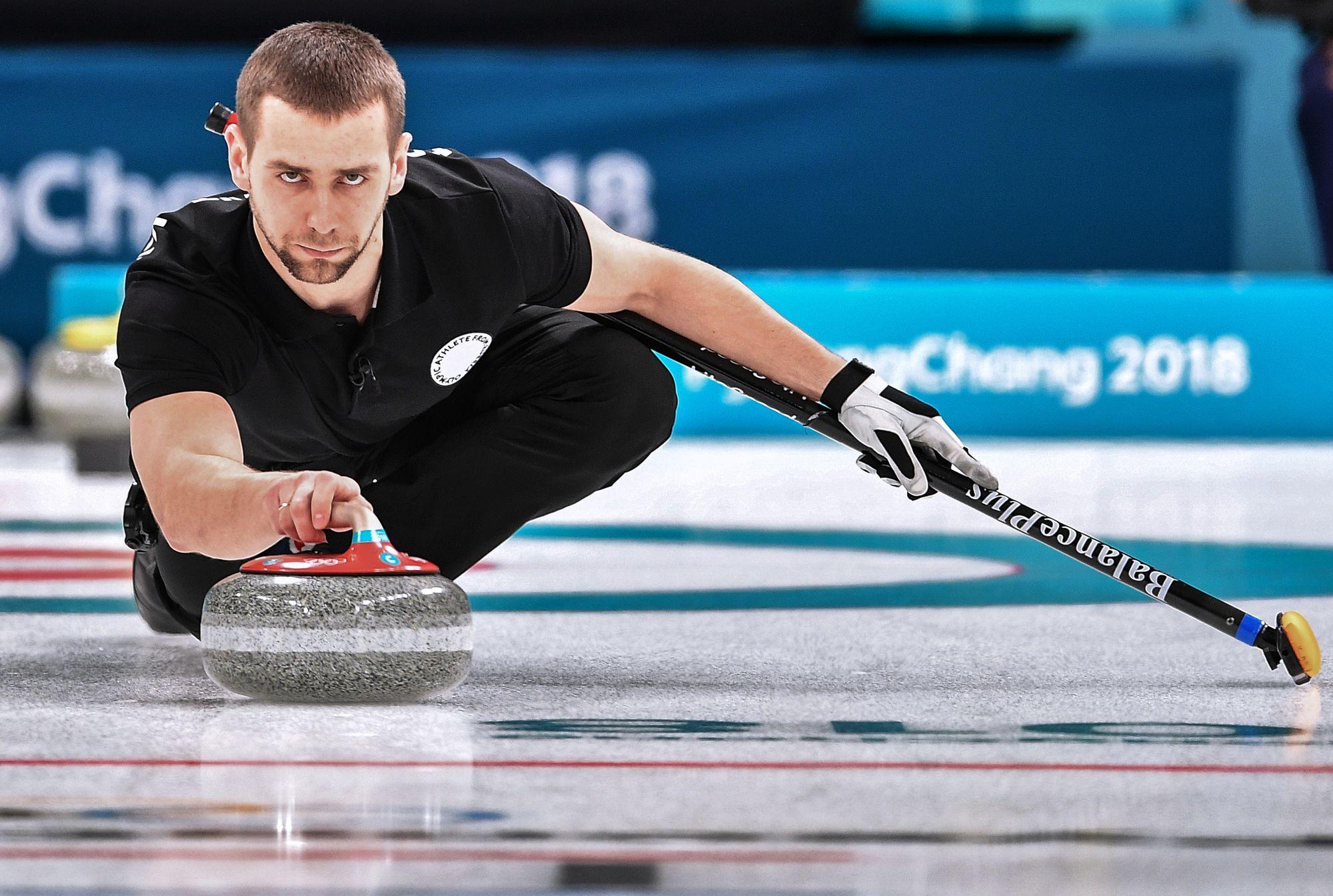 Le Russe Aleksandr Krushelnitckii, médaillé de bronze en curling mixte, contrôlé positif