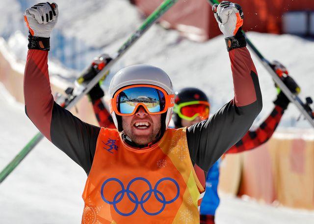 Marc Bischofberger après sa 2e place en skicross [Keystone]
