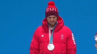 Ski cross: Marc Bischofberger reçoit sa médaille d.argent [RTS]