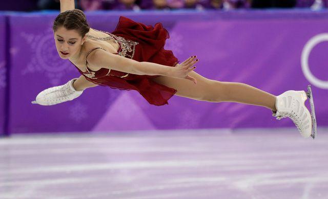 La Suissesse Alexia Paganini, 16 ans, n'est pas parvenue à terminer quatre sauts. [David J. Phillip - Keystone]