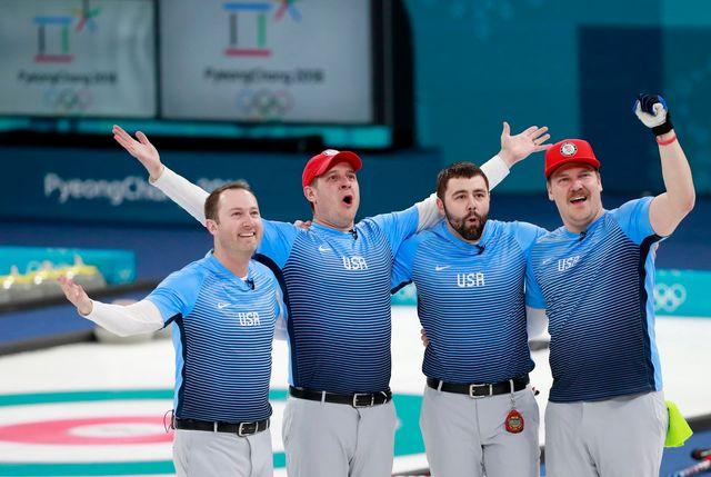 Tyler George, John Shuster, John Landsteiner et Matt Hamilton dans l'histoire du curling US. [How Hwee Young - Keystone]
