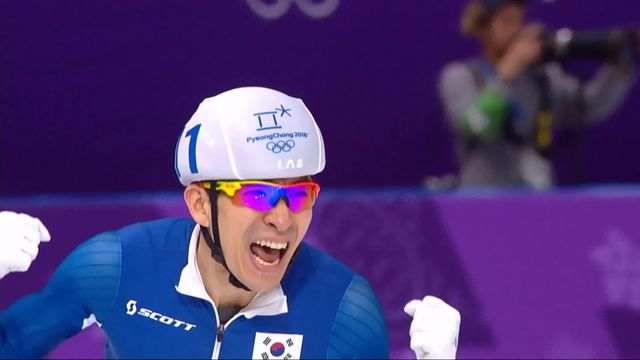 Mass start hommes, finale: Seung-Hoon Lee (KOR) champion olympique, Livio Wenger (SUI) 4e [RTS]