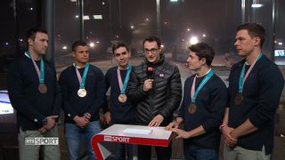 JO - Curling hommes: entretien avec l'équipe du CC Genève, médaillée de bronze [RTS]