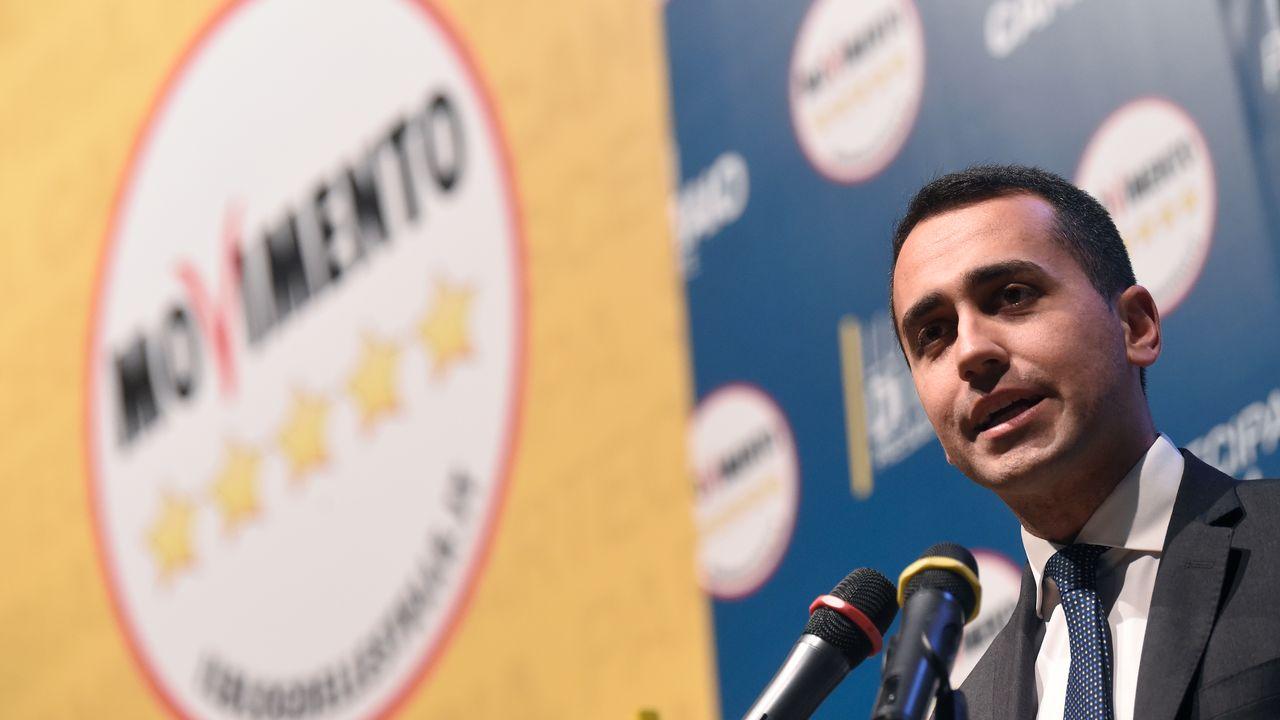 Luigi Di Maio, le leader du Mouvement 5 étoiles, lors d'un meeting le 17 février. [MARCO BERTORELLO - AFP]