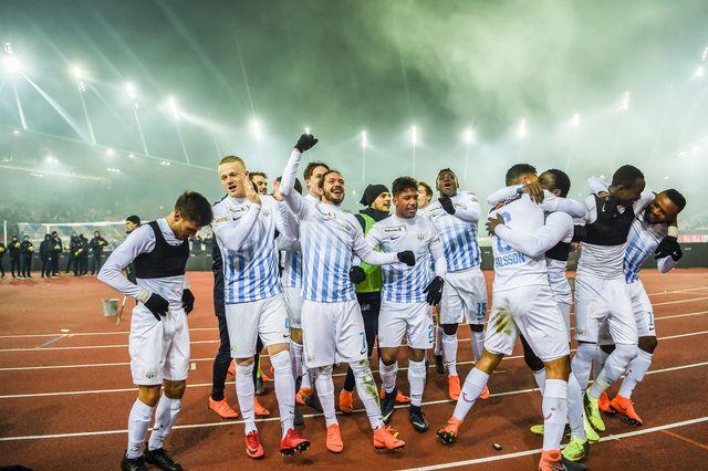 Les joueurs du FCZ peuvent jubiler, ici après le but de Brunner. Ils sont qualifiés pour la finale de la Coupe. [Andy Mueller - Freshfocus]