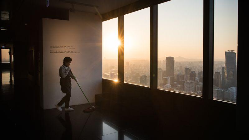 La Coree Du Sud Abaisse Le Temps De Travail Legal A 52 Heures Par