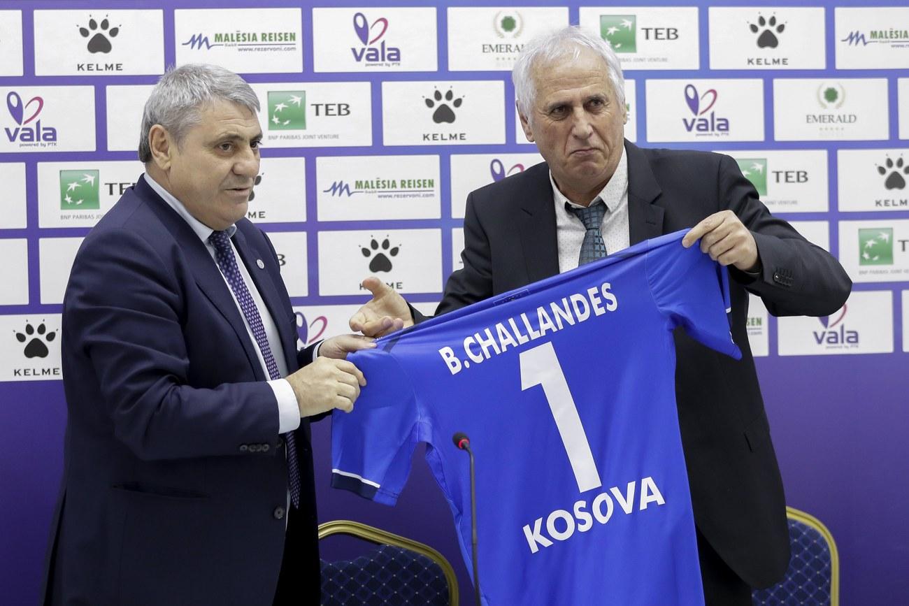 Foot: Bernard Challandes nommé à la tête du Kosovo