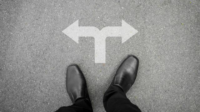 Changement de direction [© mantinov - Fotolia]