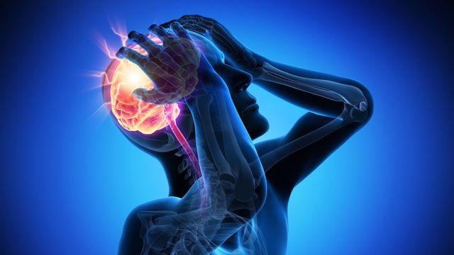 Un accident vasculaire cérébral (AVC) touche environ 16 000 personnes en Suisse par année. [psdesign1 - AltoPress / PhotoAlto]