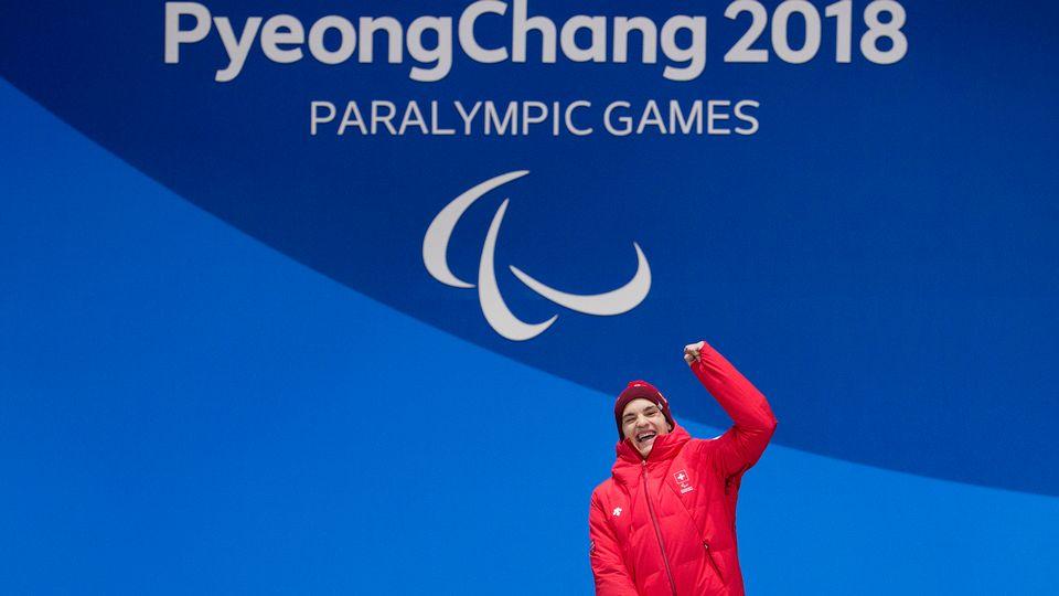 Le Valaisan Théo Gmür a remporté sa 2e médaille d'or ce dimanche aux Jeux paralympiques de Pyeongchang. [Alexandra Wey - Keystone]
