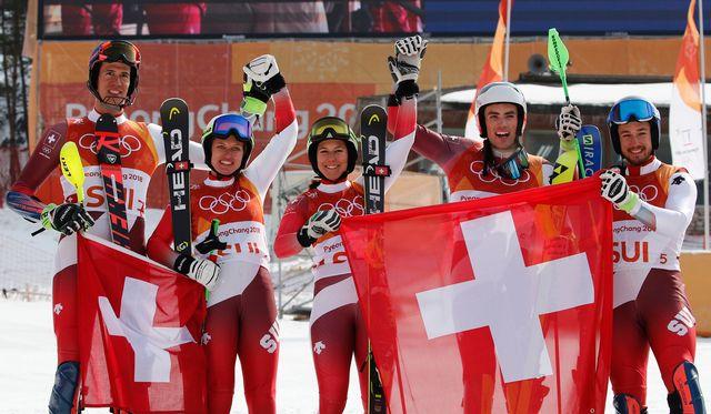 Les skieurs helvétiques ont connu une belle saison. [Christophe Ena - Keystone]
