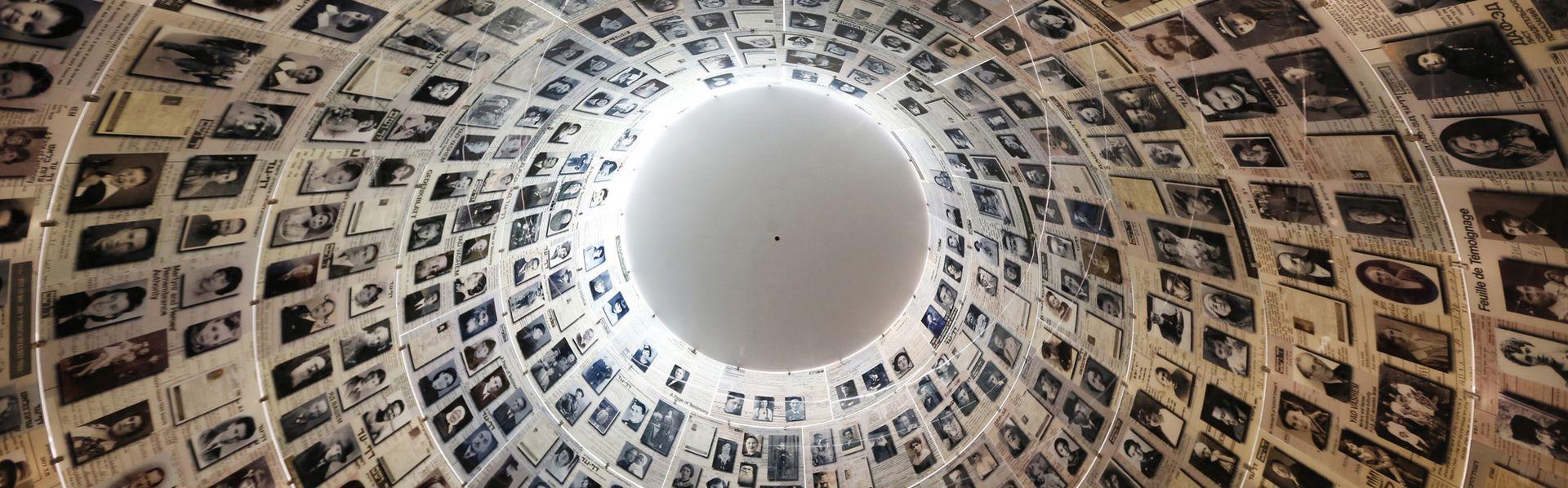 Le dôme des noms des victimes de la Shoah de Yad Vashem. [Jason Reed - Reuters]