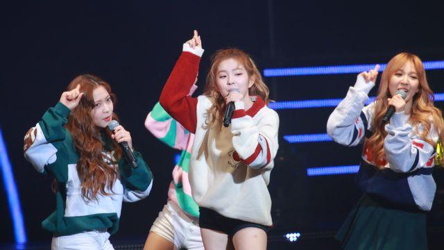 Le groupe féminin de K-pop Red Velvet, ici en concert à Séoul le 25 novembre 2015. [Hu wencheng / Imaginechina - AFP]