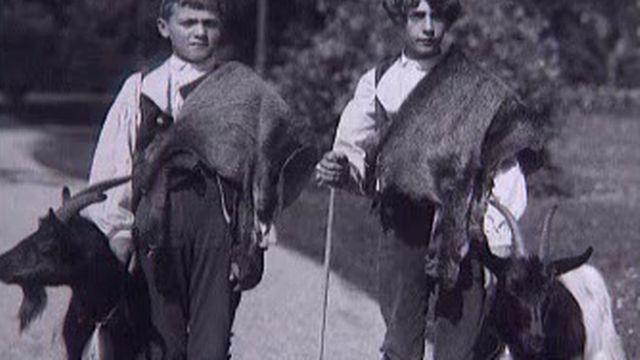 Figurants de la Fête des vignerons 1927 [RTS]