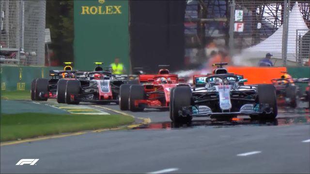 GP d'Australie, départ: très bon départ de Lewis Hamilton (GBR) qui garde sa première place [RTS]