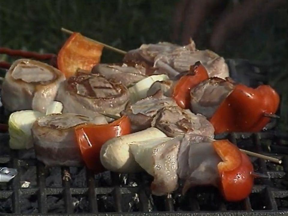 Les barbecues en plein air constituent un grave danger pour l'environnement. [RTS]