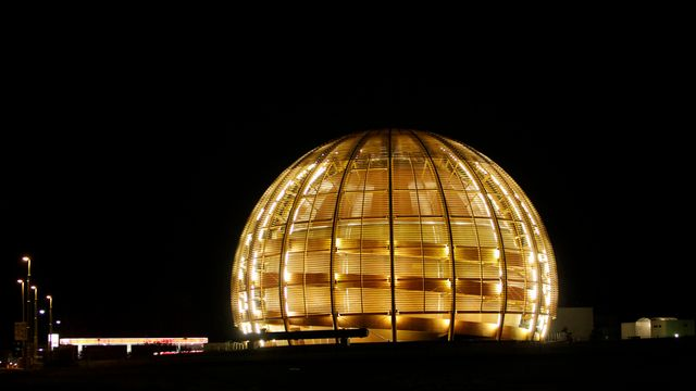 Le Globe de la science et de l'innovation du CERN à Meyrin (GE). [Anja Niedringhaus - AP Photo]