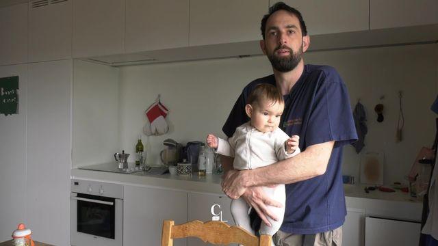 Série familles extraordinaires: reportage sur un père au foyer de la région lausannoise [RTS]