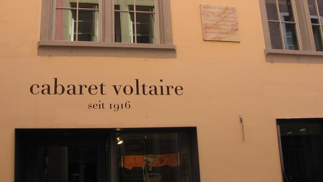 Le site du Cabaret Voltaire [Absinthe - Own work]