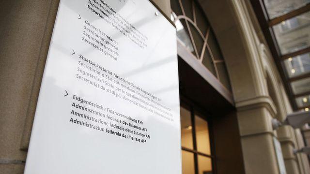 L'entrée du Département fédéral des finances à Berne. [Peter Klaunzer - Keystone]