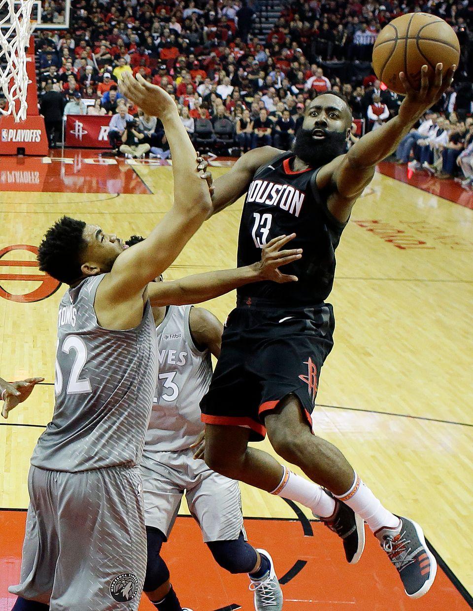 """""""The Beard"""" a notamment marqué 12 points d'affilée dans le 4e quart. [David J. Phillip - Keystone]"""