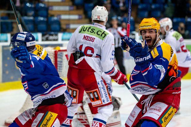 Kloten et Hollenstein se sont donné un peu d'air en battant Rapperswil. [Patrick B. Kraemer - Keystone]