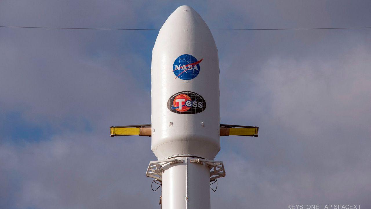 La fusée Falcon 9 a propulsé dans l'espace le télescope Transiting Exoplanet Survey Satellite (TESS) depuis Cap Canaveral, en Floride, 18 avril 2018. [AP SpaceX - Keystone]