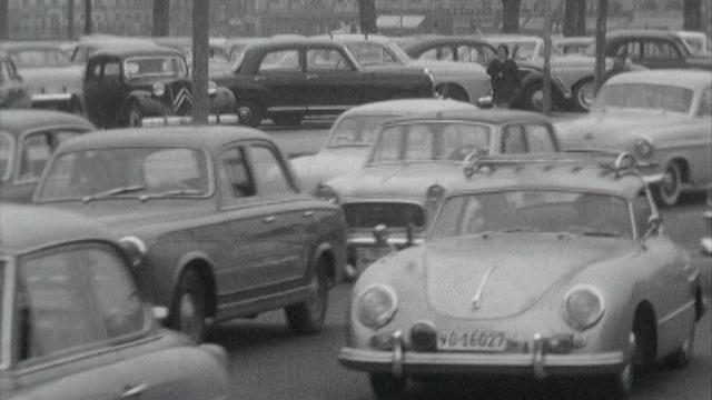 Circulation routière à Genève. [RTS]