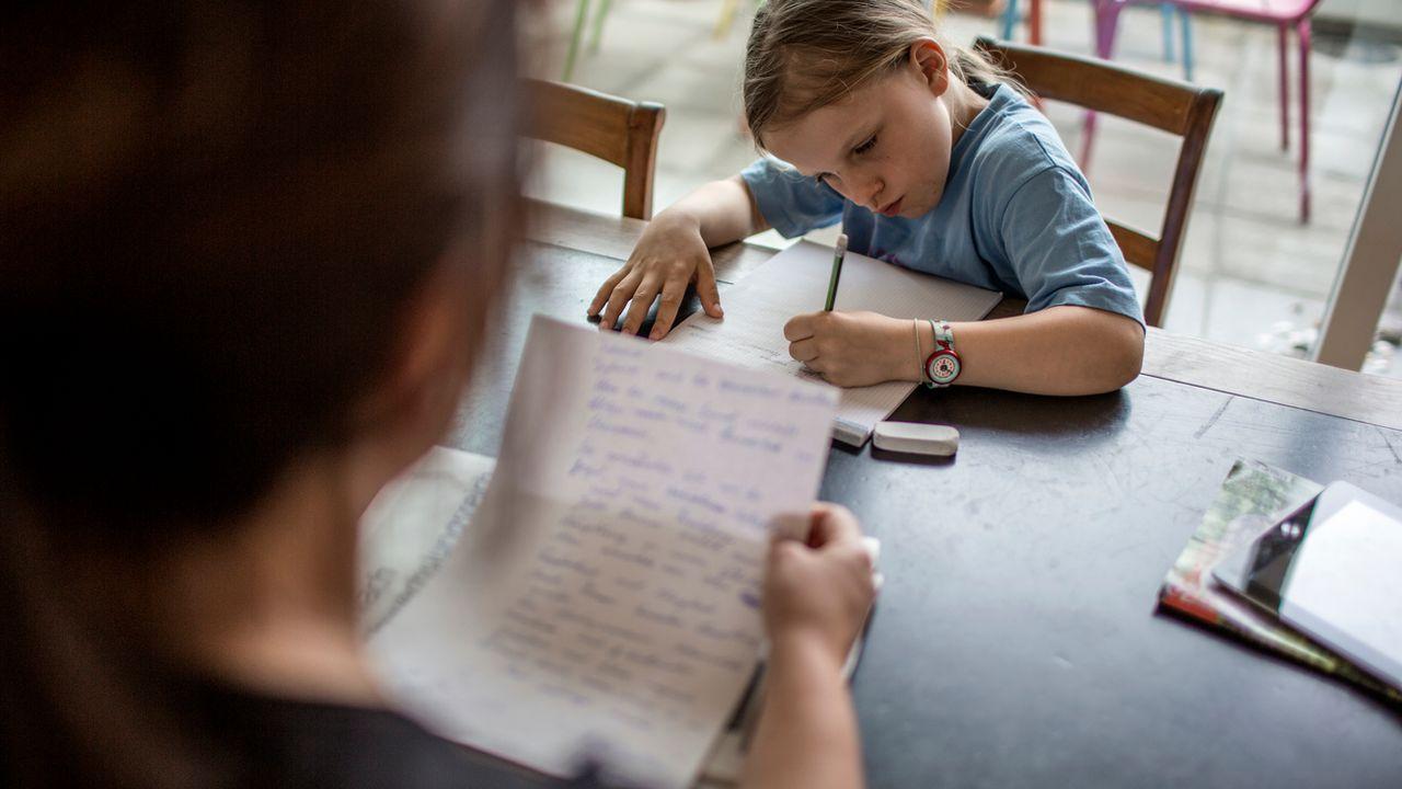 Sur le millier d'enfants scolarisés à la maison en Suisse, 400 viennent du canton de Vaud. [Gaetan Bally - Keystone]