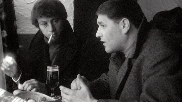 Le journaliste neuchâteloise Gil Baillod en 1969. [RTS]