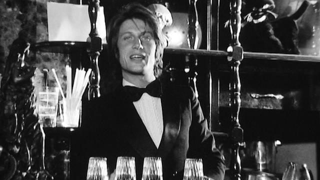 """Jacques Dutronc chante """"Paris s'éveille"""", 1971. [RTS]"""