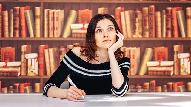 La pratique de la littérature peut-elle vraiment sʹapprendre sur les bancs de lʹécole? [Вячеслав Чичаев - Fotolia]