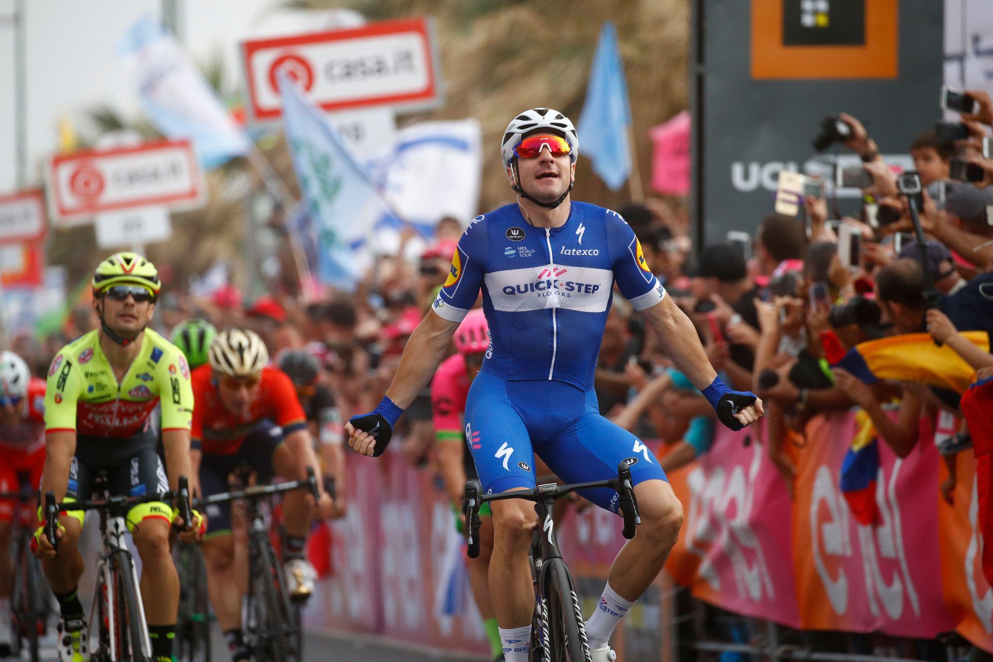 L'Italien Elia Viviani s'impose dans la 2e étape — Giro