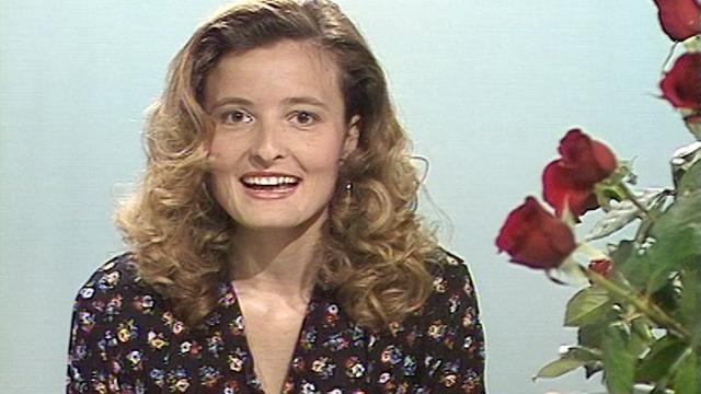 Les bons conseils de Martina Chyba pour choisir de belles roses. [RTS]