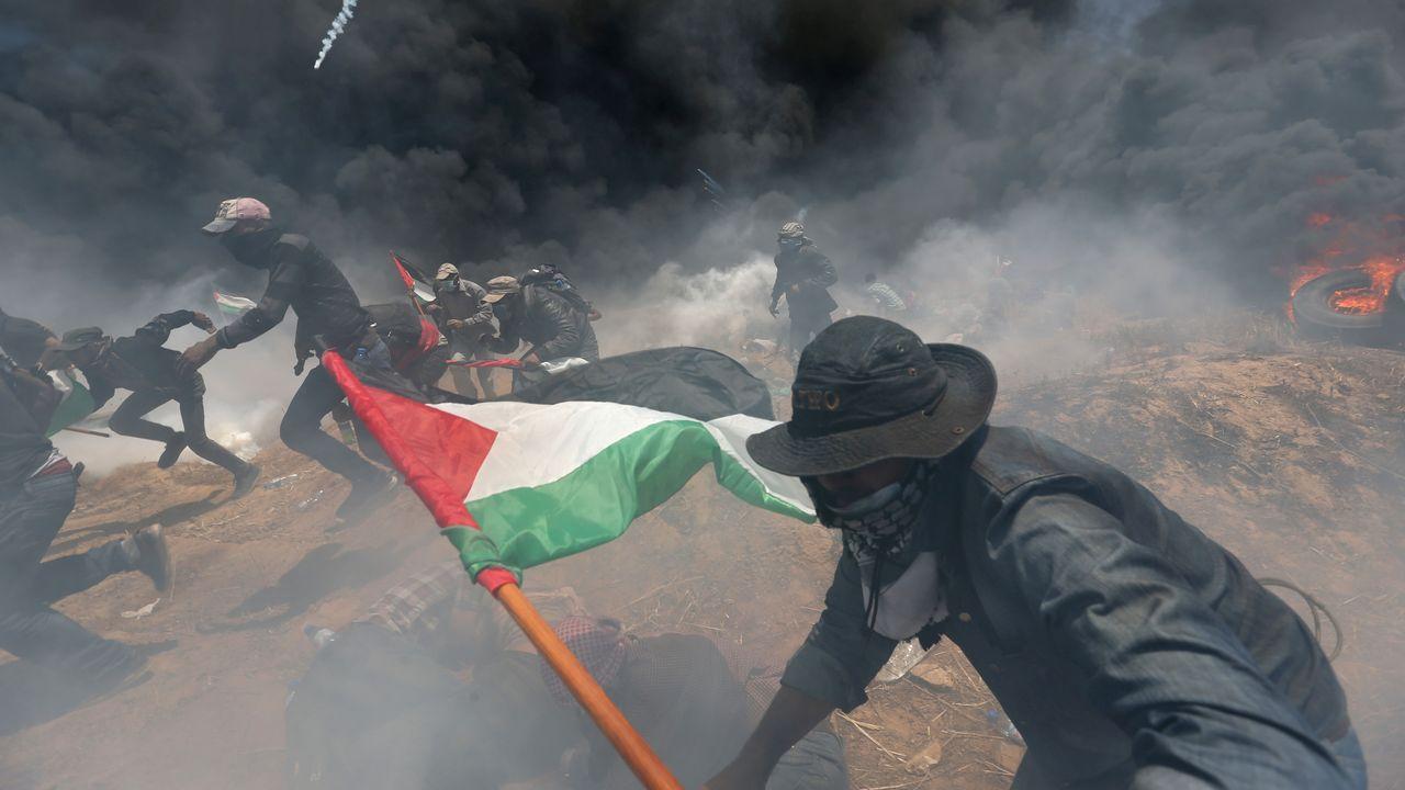 Manifestation sanglante à la frontière de Gaza, lundi 14 mai, jour de l'inauguration de l'ambassade américaine à Jérusalem. [Ibraheem Abu Mustafa - reuters]