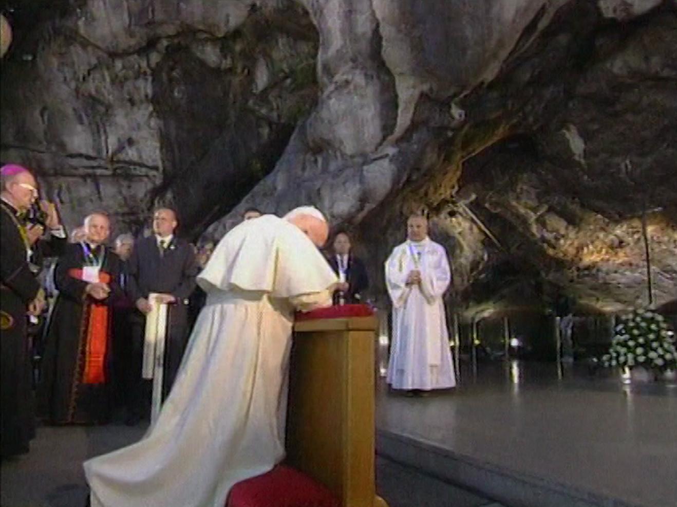En communion avec le pape