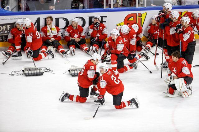 Les Suisses abattus après leur défaite. [Salvatore Di Nolfi - Keystone]