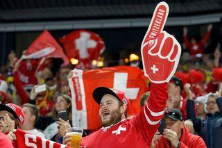 Des fans de l'équipe suisse de hockey. [Salvatore Di Nolfi - Keystone]