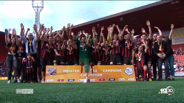 Football: le canton de Neuchâtel salue la promotion de Xamax en Super League [RTS]
