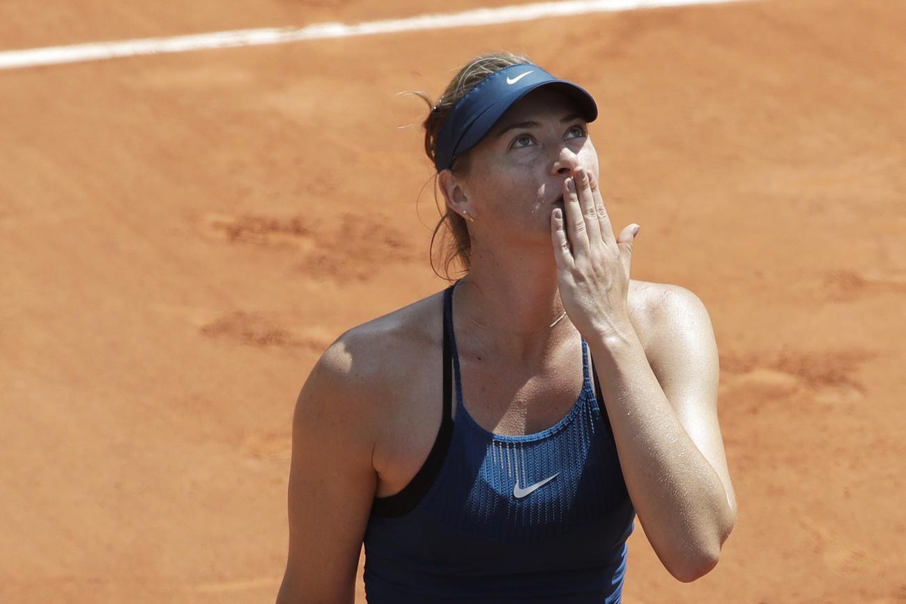 Sharapova domine Pliskova... et attend Serena